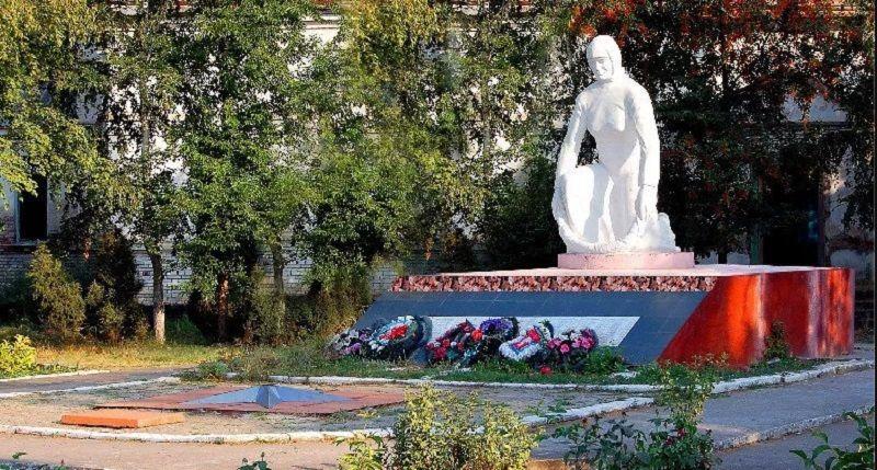 размещать памятники вов в краснодарском крае фото определить