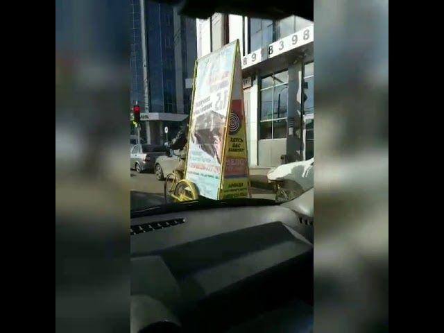 Рекламные велорикши на улицах Краснодара
