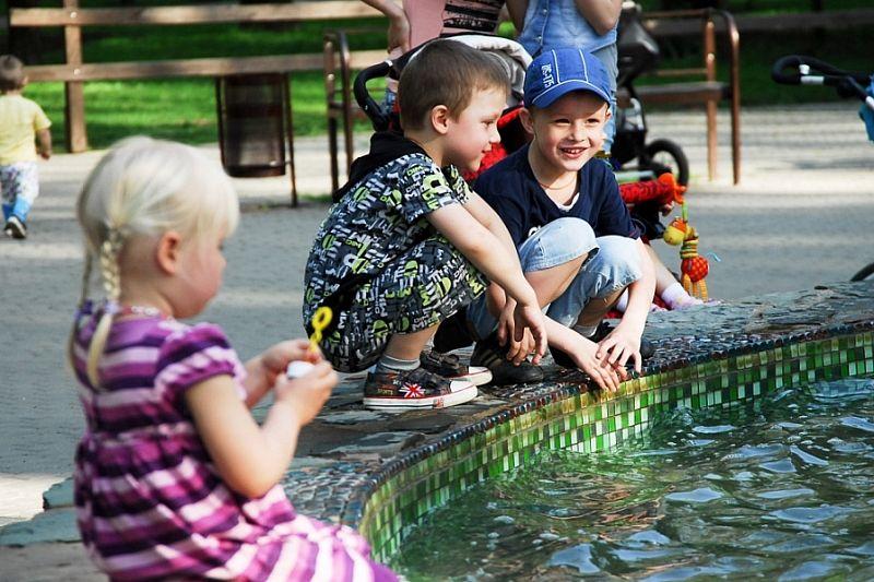 Путин предложил освободить семьи с детьми от подоходного налога при продаже квартиры