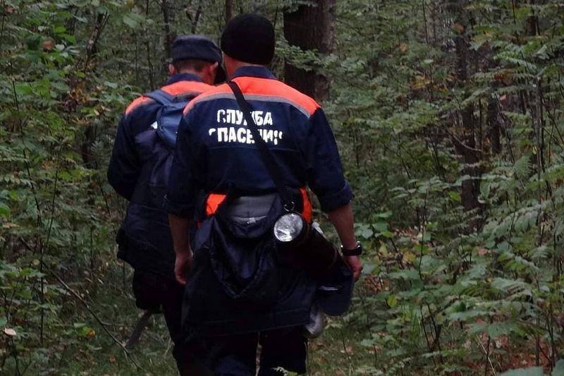 Спасатели продолжают поиски двух пропавших в нацпарке туристов из Москвы