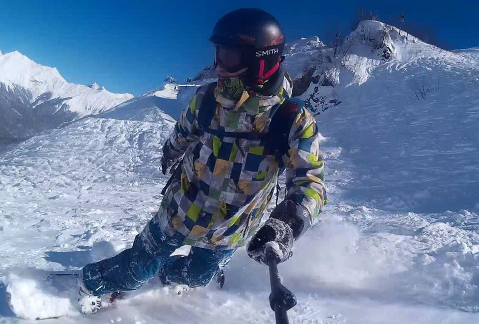 Нагорнолыжной трассе вСочи сноубордист впал вкому
