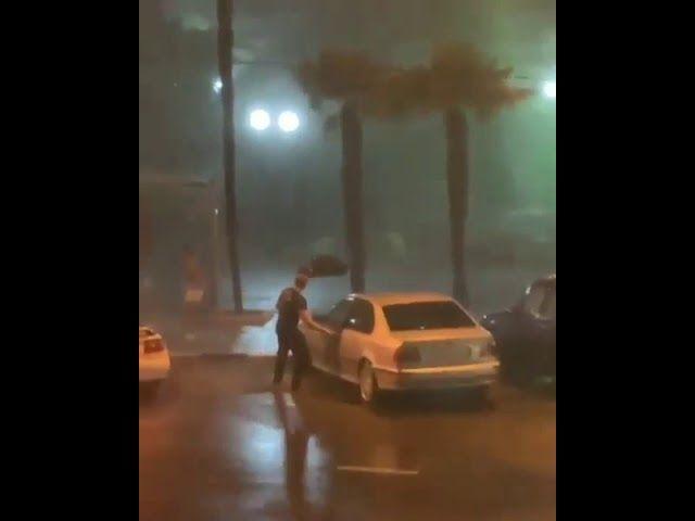 Сильный ливень и ветер в Сочи 21 июня