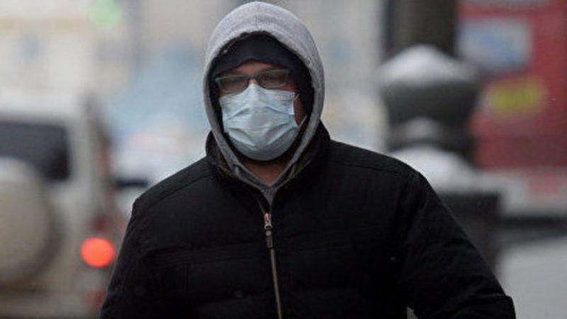 Мужчина в врачебной маске ворвался вквартиру краснодарки