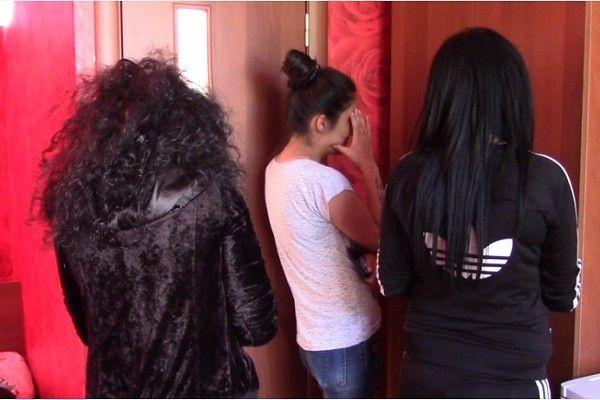 sosedku-prostitutki-salon-anapa
