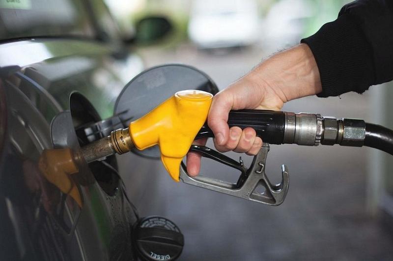 Цены на бензин в России в 2019 году выросли на 4,3%