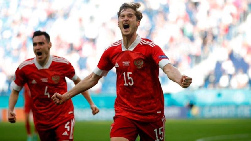 Первая победа на Евро: сборная России обыграла Финляндию