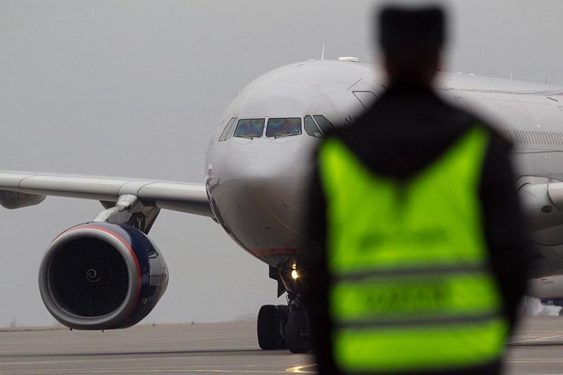 Следовавших вКрым авиарейсы направили нааэродромы Краснодарского края
