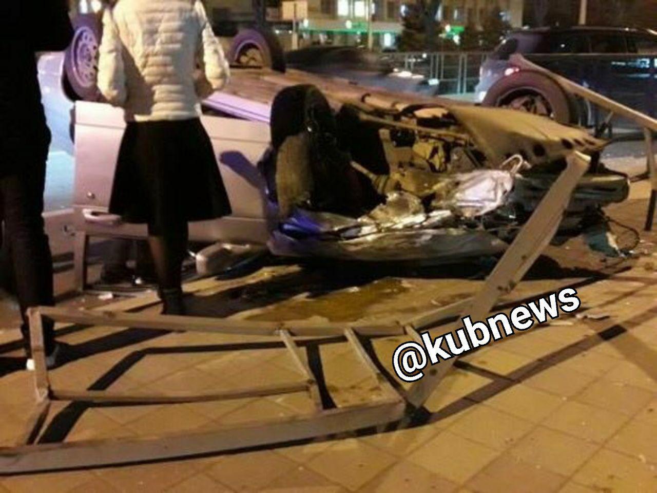ВКраснодаре шофёр легковушки устроил массовое ДТП ипопытался убежать