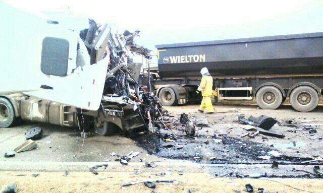 В Белореченском районе столкнулись три грузовика. Есть погибшие, фото-2