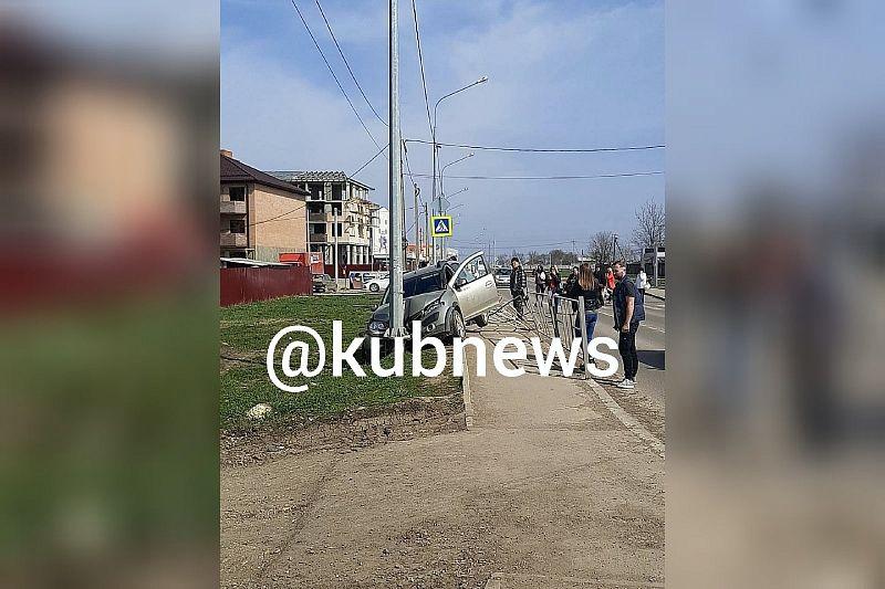 Опубликовано видео с места ДТП, где женщина-полицейский сбила насмерть ребенка