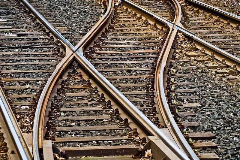 В Кореновском районе на три дня закроют железнодорожный переезд