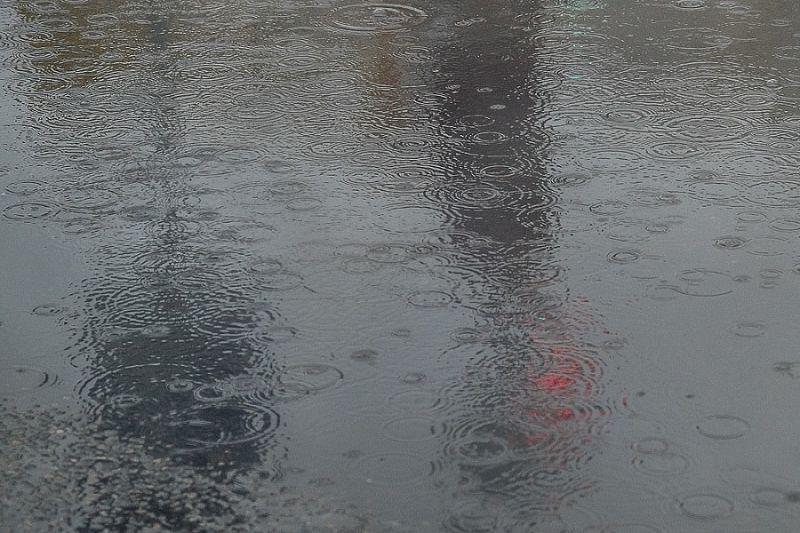 Сильный дождь с грозой ожидается в ближайшие сутки на курорте