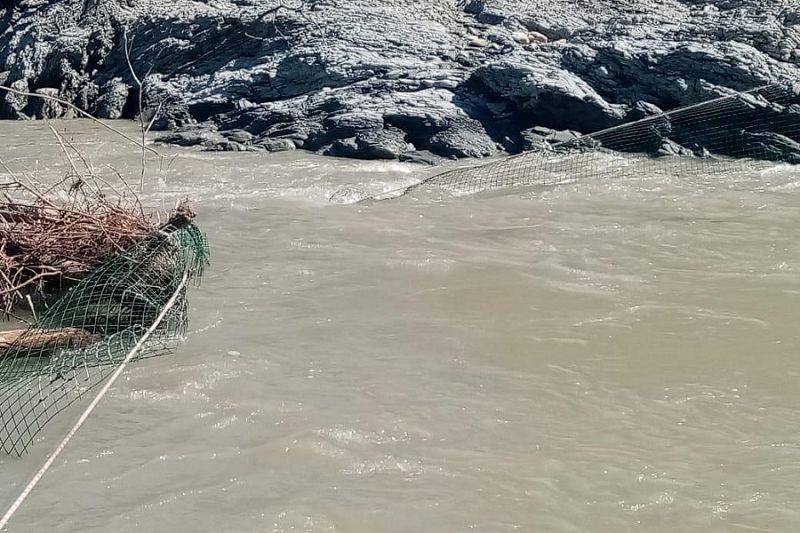 Более 70 спасателей привлечены к поискам пропавших в Апшеронске братьев-школьников