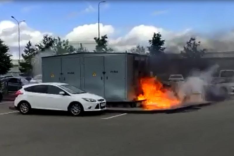 Электроподстанция горела на улице Покрышкина в Краснодаре