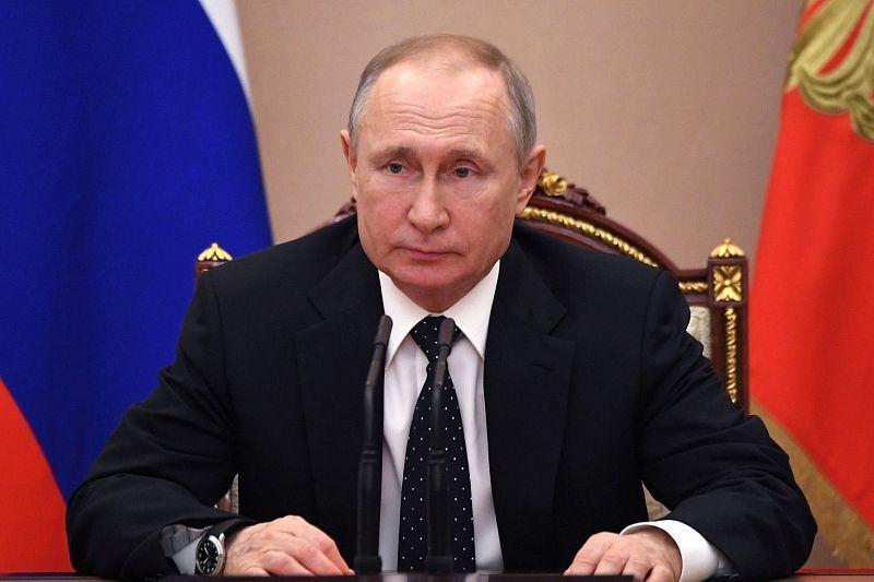 Владимир Путин оценил принятые в России меры по COVID-19