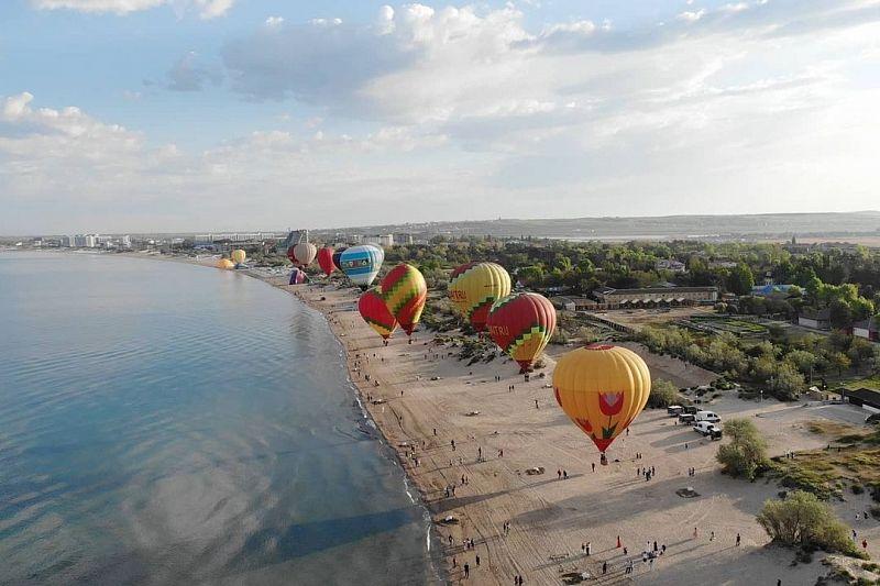 Фестиваль воздушных шаров стартовал в Анапе