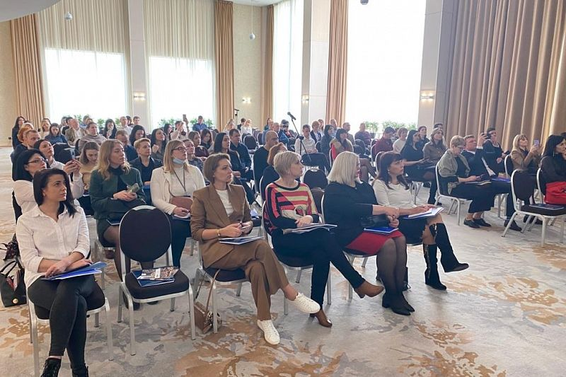 Более 200 специалистов рынка недвижимости посетили конференцию строительной компании «АСК»