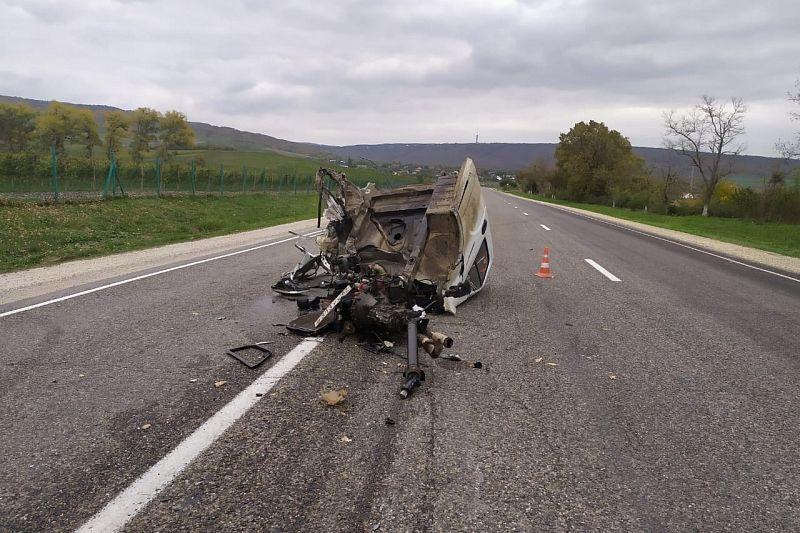 21-летний водитель «Мерседеса» устроил жесткое ДТП. Пострадали два человека