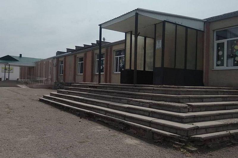 В Брюховецком районе в рамках нацпроекта капитально отремонтируют Дом культуры