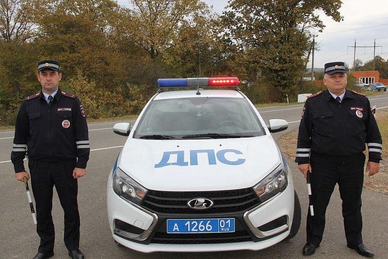 Автоинспекторы помогли оперативно доставить в больницу пожилого мужчину