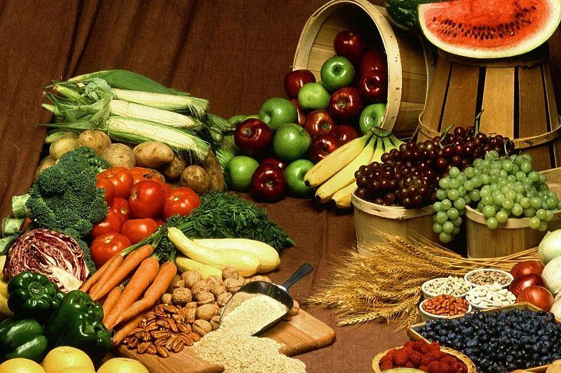 Овощи, фрукты и орехи содержат пищевые волокна