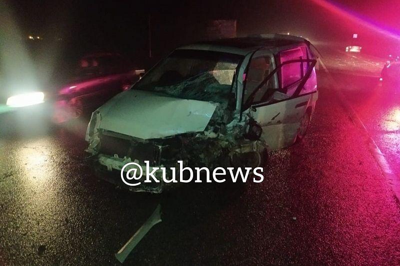 Один человек погиб и пять пострадали в ДТП с двумя иномарками