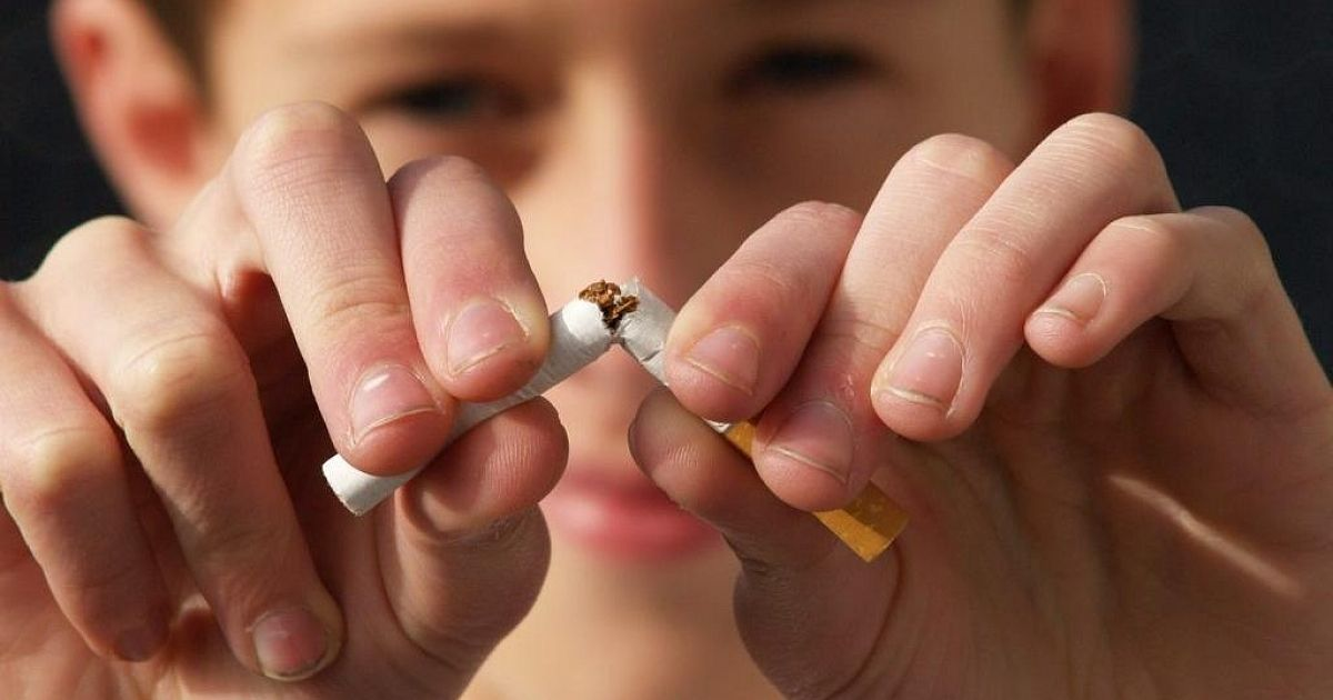 Пять проверенных способов узнать, что ваш ребенок курит
