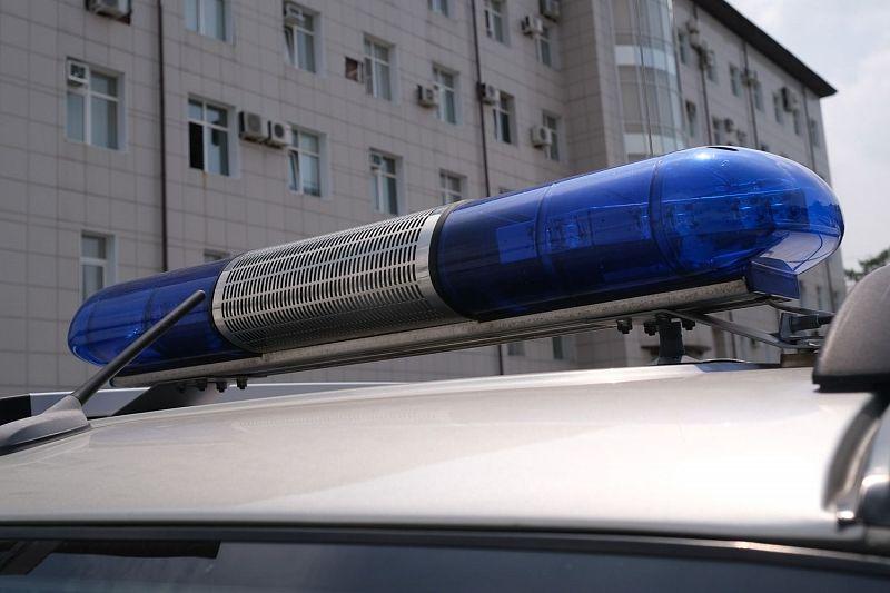 В жестком ночном ДТП пострадал водитель иномарки