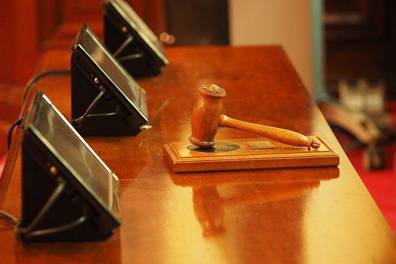 Участница преступного сообщества идет под суд за мошенничество на 1,5 млрд рублей