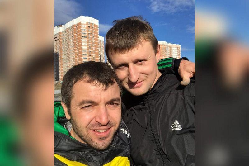 Глава Краснодара поблагодарил мужчин, спасших провалившихся под лед детей