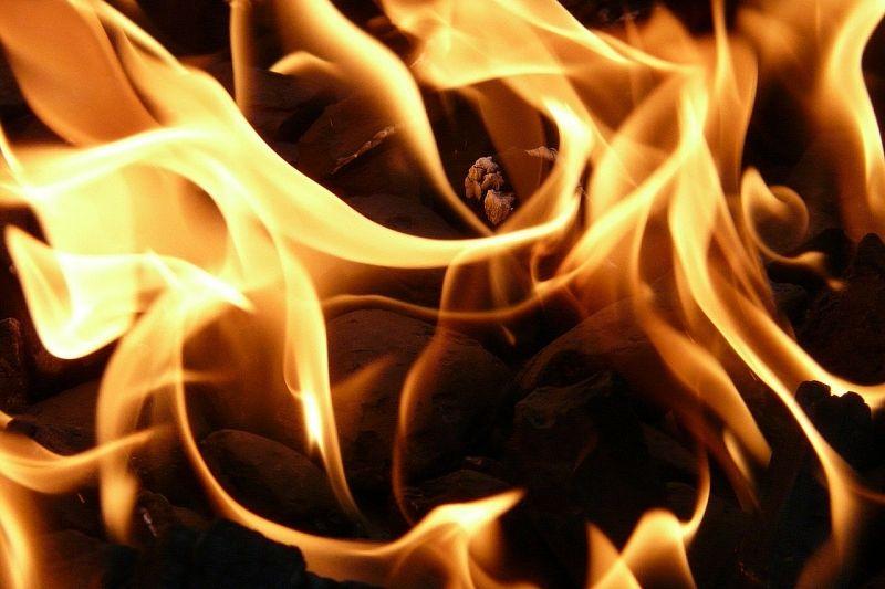 При пожаре в частном доме погиб мужчина