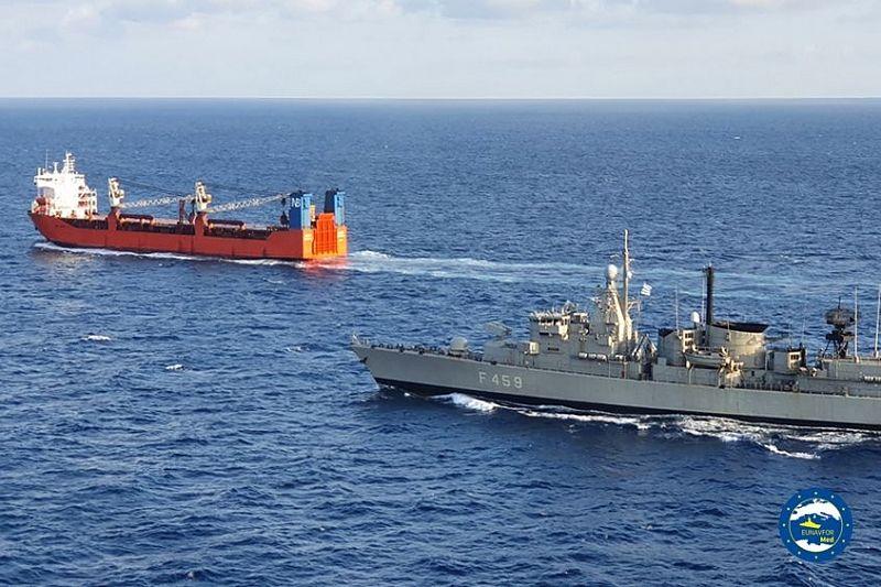 Спецназ НАТО высадился на корабль «Адлер» в Средиземном море
