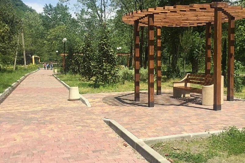 В Сочи реконструировали набережную у реки Мацеста