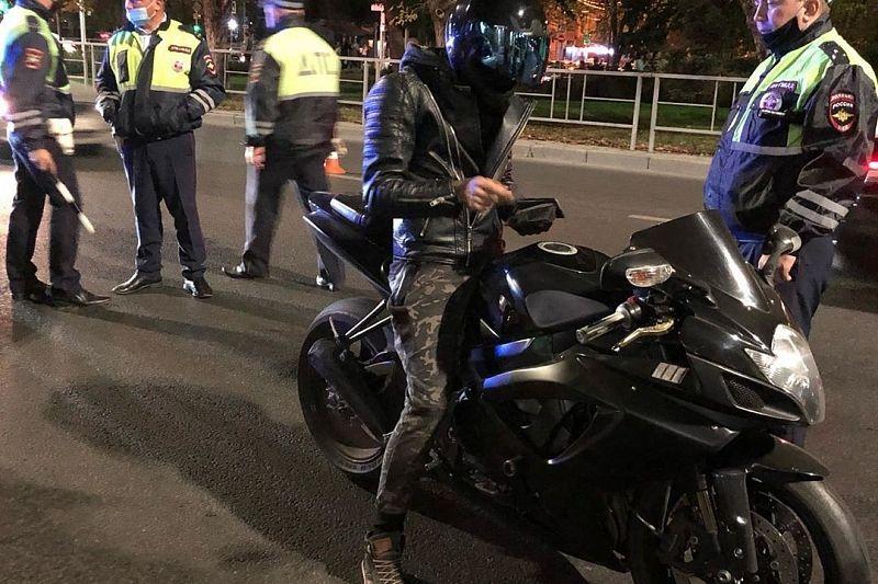 В Краснодаре отловили ночных мотоциклистов, намеренно нарушавших тишину