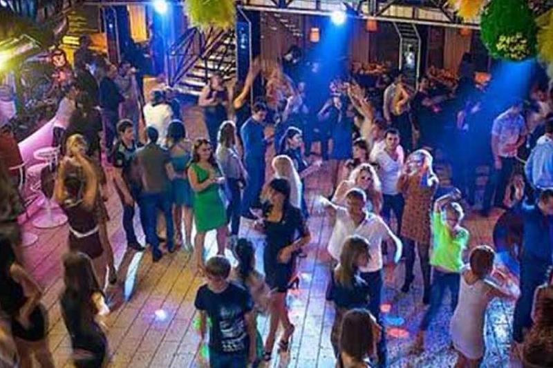 Репортажи из ночных клубов женский день москва клуб