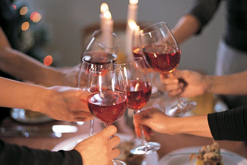 Открытка выпьем вместе