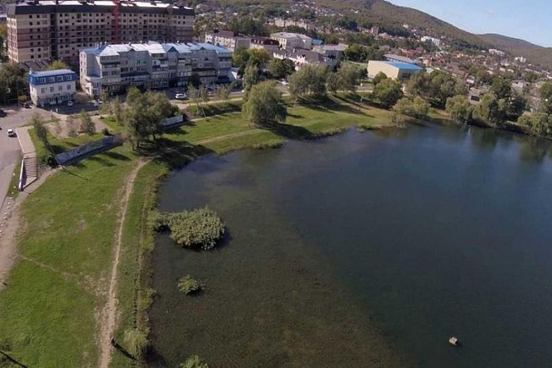 В 2021 году по нацпроекту «Жилье и городская среда» в Горячем Ключе благоустроят территорию вокруг Круглого озера